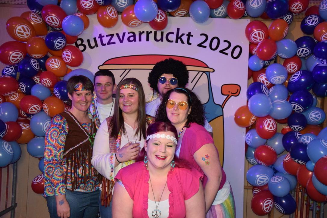 Butzvarruckter Maskenball 2020 im Hippielook