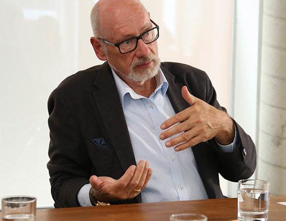 Prof. Günther W. Amann-Jennson: Mit Schlaf und Bewegung besser durch die Coronakrise