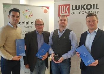 v.l.n.r.: Emil Diaconu (Social City Wien), Ralf Knauseder, Ivan Ezhov, Kirill Vorobev (alle Uniper Care)