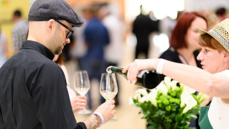 Weingenuss ohne Veranstaltung: Winzer bieten Specials in der Vinobile-Woche