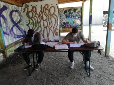 Offene Jugendarbeit Götzis verlegt Lerntreff ins Freie
