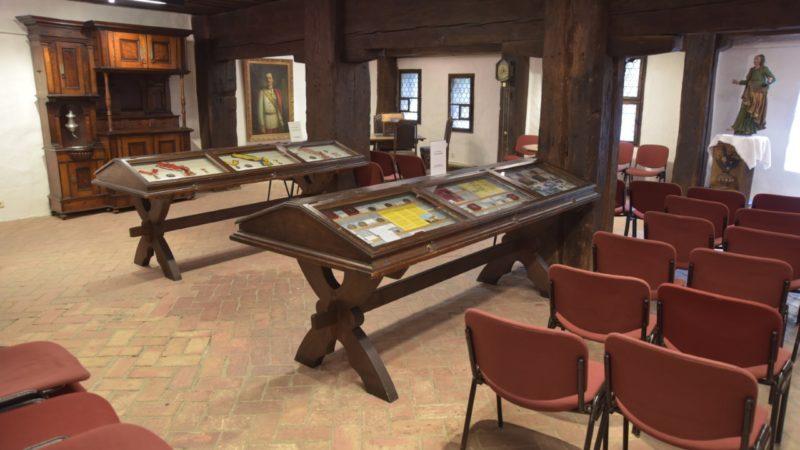 In 18 Bildern durch das Schattenburgmuseum: Teil 12: Schatzkammer