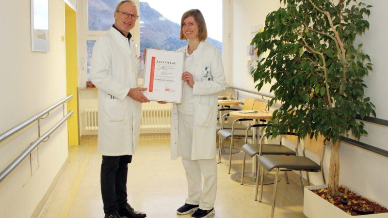 Höchstes Behandlungsniveau im Kampf gegen Brustkrebs: Brustzentrum Vorarlberg erneuet zertifiziert