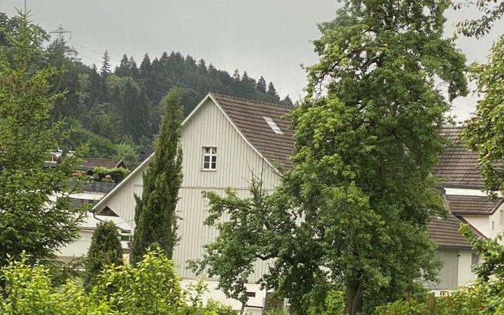 UPDATE: Älterer Bewohner aus Seniorenheim gefunden!