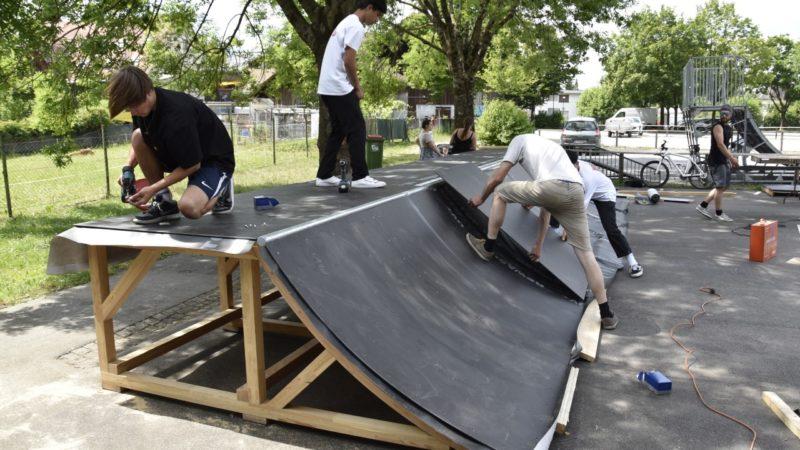 Rankweiler Jugendliche freuen sich über neuen Skaterplatz