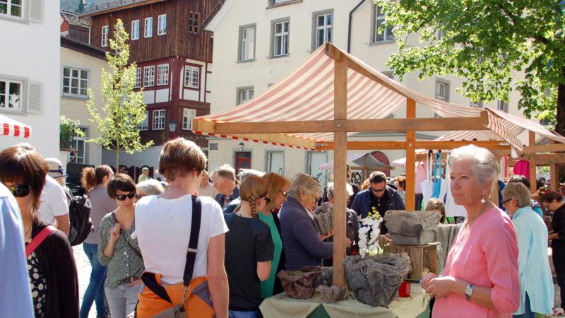 """Kunsthandwerksmarkt """"Weibliche Welt"""" diesen Samstag"""