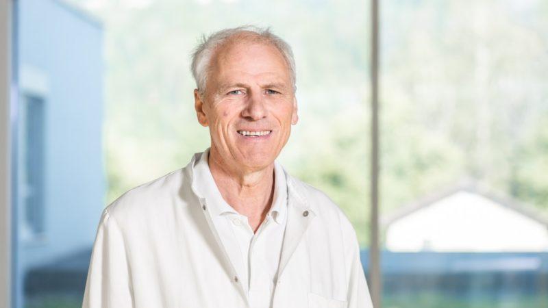 LKH Feldkirch: Prim. Dr. Wolfgang Elsäßer als Chefarzt bis Ende 2021 verlängert