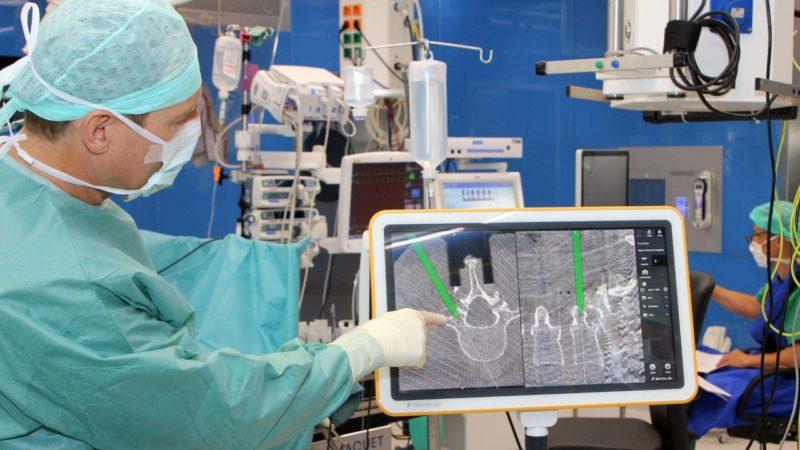 LKHF: Kombination von Navigation und 3D-Bildgebung für punktgenaue Wirbelsäulenchirurgie