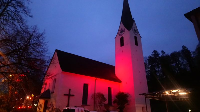 Pfarre Nofels: RED WEDNESDAY – Kirche in Not