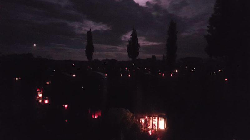 Susis Gedankenwelt #41: Friedhofcamping