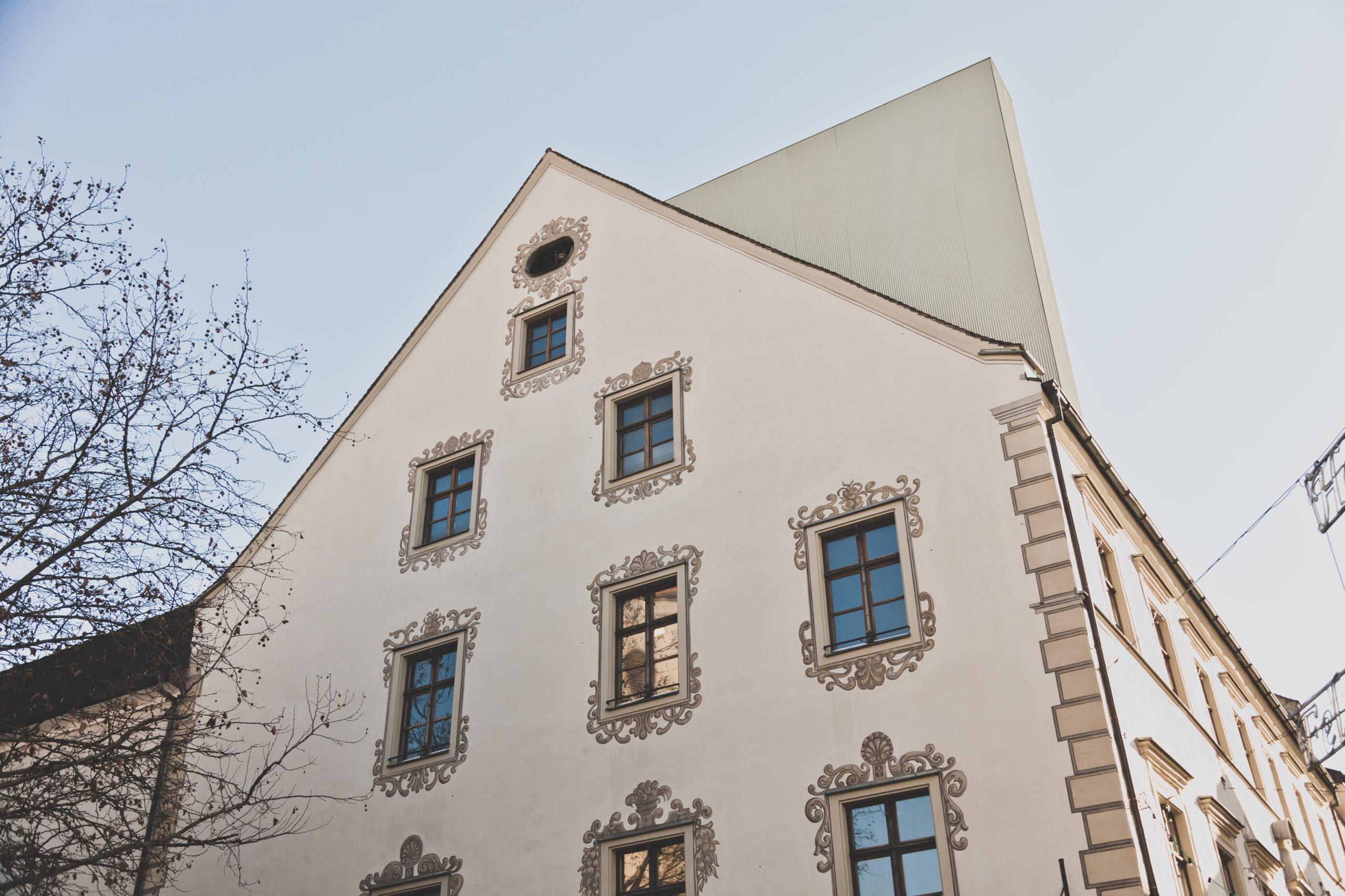 Künftig ohne Ausrufezeichen: Dachausstieg am Palais Liechtenstein wird abgebaut