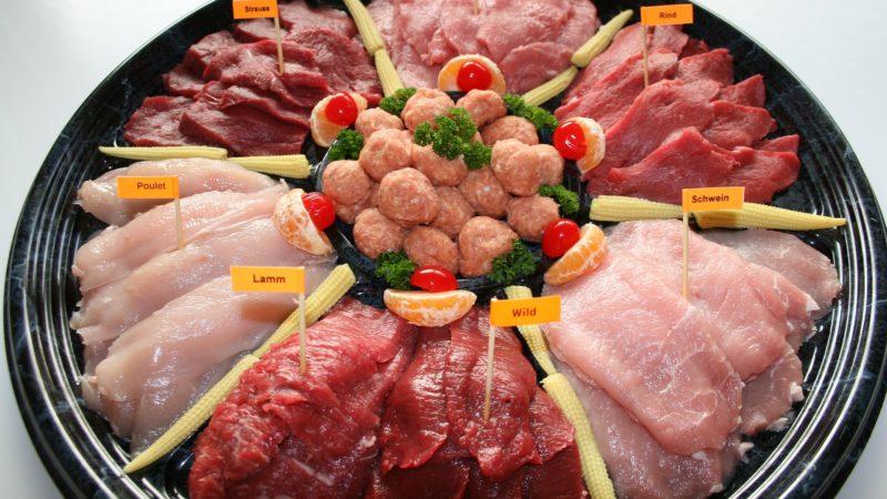 Rohes Geflügelfleisch: Gefahr einer Campylobacter-Infektion