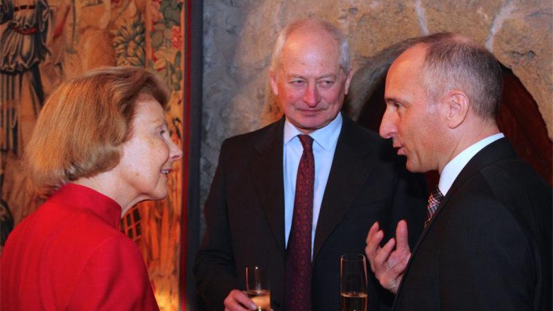 Liechtensteins Fürstenpaar wurde gegen das Coronavirus geimpft