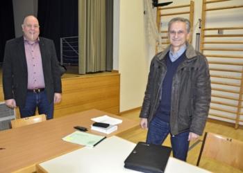 Bürgermeister Thomas Pinter und Finanzreferent Dr. Heribert Zöhrer.