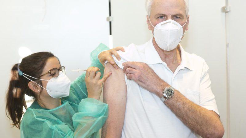 Impfstart in Vorarlbergs Spitälern: Erster Schritt in Richtung Normalität