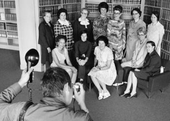 Juli 1972 - die ersten 10 Nationalrätinnen (Keystone/Str)