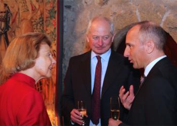 Fürstin Marie mit Gemahl Hans-Adam II. und Ex-Regierungschef Adrian Hasler am Geburtstag 2015. © Bandi Koeck